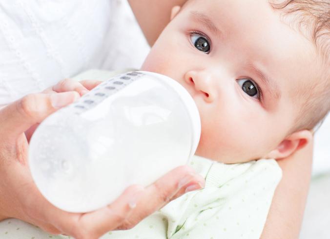 Молочная смесь малышу