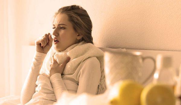 Сильный кашель у взрослого человека