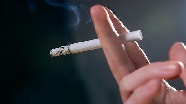 Курение как причина влажного кашля
