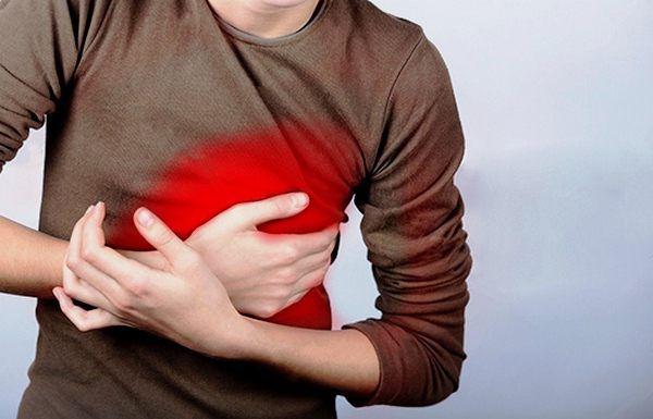 Боль в грудной клетке с левой стороны