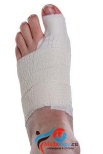 Инструкция наложения тейпа на большой палец ноги в спорте - шаг 7